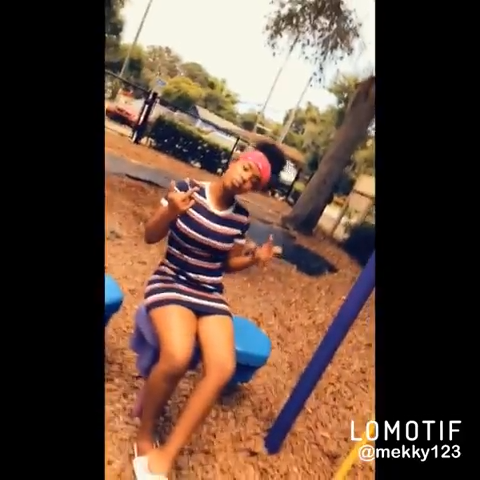 Gn Snapchat 👋 #explorepage #follow4followback #likeforlikes #lomotifvideo #lomotif #music - @drixpy_mekky